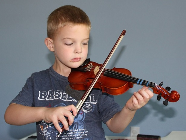 how much does a violin cost where are violins for sale mozart violins. Black Bedroom Furniture Sets. Home Design Ideas